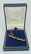9 ct Gold brooch pin with sapphire and pearls