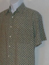 FADED GLORY size mens LARGE short-sleeve button SHIRT - light gray w/ designs