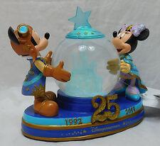 DISNEY DISNEYLAND PARIS 25 ans anniversary boule de neige Mickey Minnie Explorer