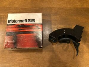 NOS 1975-80 Ford Granada Mercury Monarch Lincoln Versailles Back-Up Light Switch