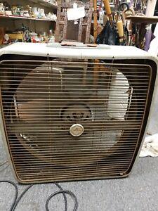 Vintage general electronics Push Button Automatic  Speed Reversible Window Fan