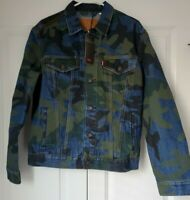 Levi's Premium Quality Men's Denim Camo Trucker Jacket Size M MSRP $98