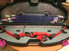 Genesis Compound Bow, Case, 18 Arrows, and Shooting glove.