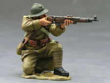 King (and) & Country FOB017 - French Soldier Kneeling Firing - Retired