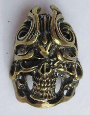 Badge broche skull tete mort métal coulé pins plaque vis métallique Cast Metal