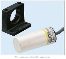 Omron 25 mm Capacitive Proximity Sensor NPN AC 200 mA IP66- New-E2K-C25MY1-2M