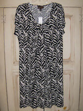 Dana Buchman NWT black, gray, off-white knee-length dress XLG women
