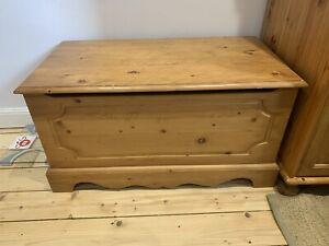 pine storage chest upcycling ottoman