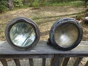 1925-1926 Chrysler four  (2) Headlights Headlamps Assembly
