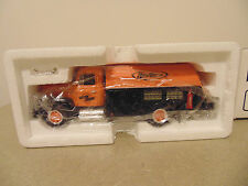 First Gear RevTech Custom Chrome 1957 International R-190 Tanker Truck 1:34