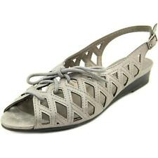 Calzado de mujer sandalias con tiras de color principal gris sintético