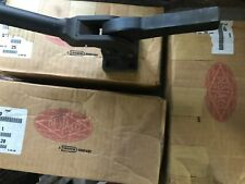 DESTACO 7-60 VERTICAL CLAMPS -- CAM ACTION 1,600 LBS HOLDING CAPACITY, NEW