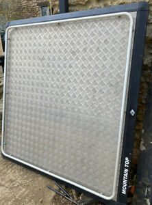 L200 MOUNTAIN TOP Checker Plate Canopy Cover