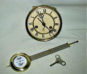 Originales Gustav Becker Uhrwerk, für Regulator, Wanduhr - Uhrwerk läuft