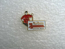 PIN'S MARLBORO LEISURE WEAR SKI SPORT et TABAC / CIGARETTE TOBACCO PINS PIN T14