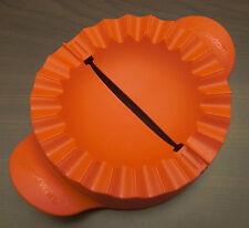 Tupperware D 157 Teigfalle für große Teigtaschen etc. Rot Neu OVP
