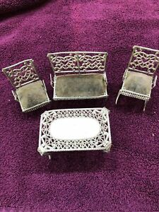 Antique Heart Filigree Metal Dollhouse Furniture Set, 4 Pieces SMALL SIZED
