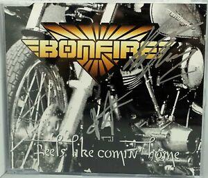 Maxi-CD BONFIRE feels like comin home, sehr gut, signiert