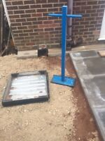 Steel tamper/compactor - stone, soil, turf. 16kg weight. 40cm x 20cm base.