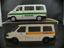Schabak n° 1060 Volkswagen Caravelle Policie Police Tchéque1/43 neuf MIB