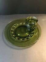 Vintage Set Kings Crown Thumbprint Snack Luncheon Plate Green with Cup 10 1/2""