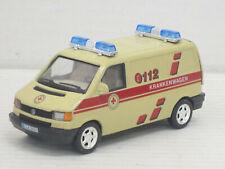 "VW T4 Transporter in beige ""112 Krankenwagen"", ohne OVP, Cararama, 1:43"