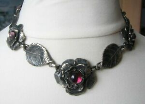 Vintage Silver Tone Necklace Flowers Leaves Amethyst Glass Stunning