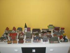 30 Modellhäuser von KIBRI, FALLER, VOLLMER etc. + 1 Schiebewandwagen in H0