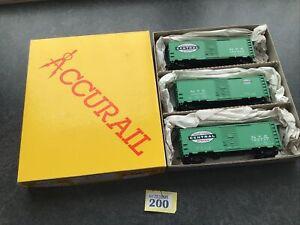 ACCURAIL 3-PACK HO 00 GAUGE #3314 NYC JADE GREEN STEEL 40FT BOX CARS. Nice (200)