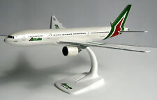 Alitalia Boeing 777-200 1:200 Herpa Snap-Fit 610957 Flugzeug Modell B777 I-DISU