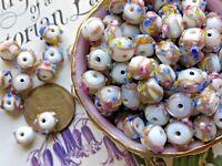 Vintage Wedding Cake Beads, Glass Beads, Art glass, NOS Lot 7mm, Flower #B81