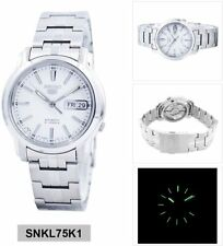 Seiko 5 Classic Men's Size White Dial Stainless Steel Strap Watch