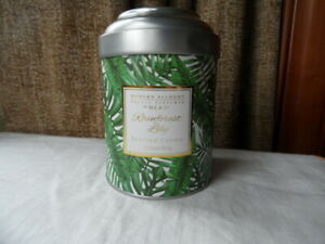NEW MODERN ALCHEMY RAIN FOREST LILY SCENTED CANDLE BEAUTIFUL VALENTINE B/D GIFT