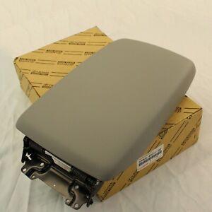 Genuine Toyota 08-13 Highlander Gray Center Console Lid Armrest 58905-48011-B0