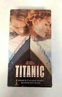 Titanic (VHS, 1998, 2-Tape  set Leonardo DiCaprio Kate Winslet classic