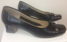 Women's Ros Hommerson Black Leather And Patent Leather Shoes Heels Size 8 1/2 W