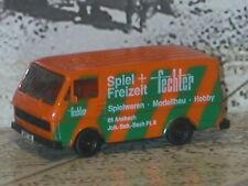 herpa-H0 Lieferwagen VW LT, Orange, grüne diagonale Balken, fechter mutter+kind