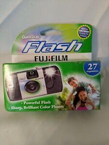 Fujifilm QuickSnap Flash 800 Speed Single Use Camera -EXP. 3/17