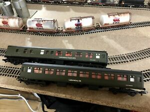 OO Gauge RTC Laboratory 26 And Laboratory 5 Engineering Research Coaches