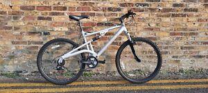 """Diamondback Mountain Bike Offer 21 Speed 20"""" Frame 26"""" Wheel in Silver"""