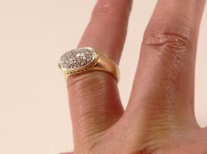 DAVID YURMAN NOBLESSE 18K YELLOW GOLD PAVE DIAMOND OVAL RING Sz 7/T55.25/UK-O
