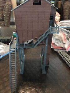 HO Scale Train Building  Grain Lumber Coal Tower