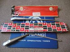 NOS Lucas LH RH Wiper Arms LHD 1969-1972 Triumph TR6 54704230 54704228