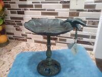 Cast Iron Distressed Leaf Free Stand Bird Feeder/bath Garden Decor
