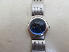 Stunning Ladies Mezzo Blue Faced Quartz Wristwatch 17cm Inner Diameter