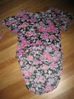 LADIES CUTE BLACK PINK FLORAL SHORT SLEEVE TOP BY REVERSE - SIZE M - 12/14 CHEAP
