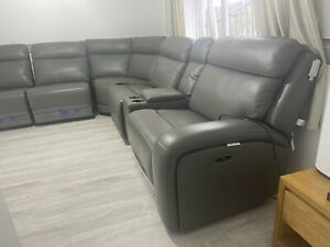 Kuka Paisley Leather Power Reclining Sectional Sofa with Power Headrests New!!!!