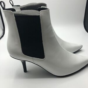 NIB Anine Bing White Patent Stevie Boots Size 39