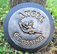 plastic plaque / stepping stone angel crossing mold