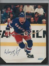 Upper Deck Authenticated Memorabilia Wayne Gretzky Auto 8x10 - Skating Rangers